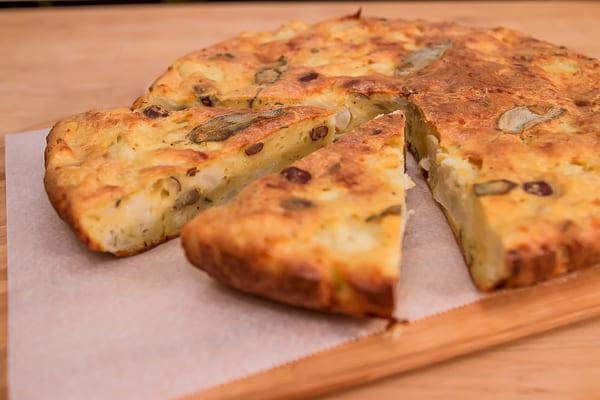Cake au Chou-fleur, sauge et noisettes