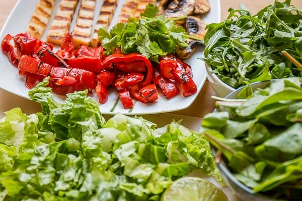 Salade Végétarienne au Halloumi